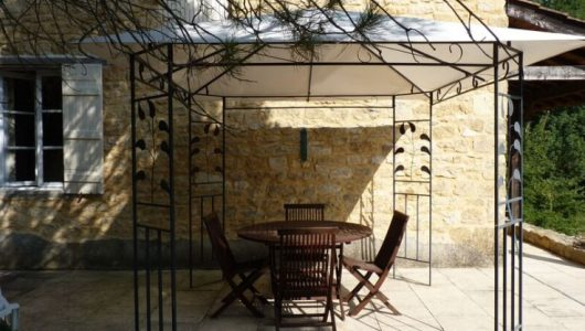 Millers Cottage patio